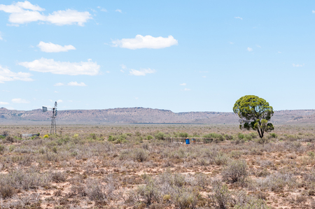 three sisters: Typical arid Karoo landscape between Richmond and Three Sisters