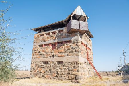 boer: Historic blockhouse used by the British troops to guard the railway bridge at Rietrivier during the Anglo Boer War 1899-1902 Stock Photo