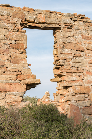 botanical farms: The ruins at Groenrivier green river farm at Nieuwoudtville are from early settlers and date from approximately 1750