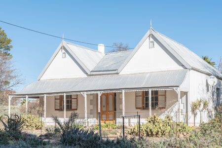 northern cape: VOSBURG, SOUTH AFRICA - AUGUST 10, 2015: An historic house in Vosburg, a small village in the Northern Cape Karoo region of South Africa