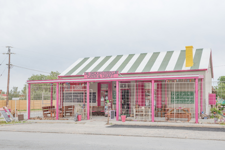 african coffee: VANRHYNSDORP, SOUTH AFRICA - AUGUST 12, 2015: A craft shop in Vanrhynsdorp, a small town on the Knersvlakte