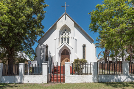 uniting: St Andrews Uniting Presbyterian Church in Somerset-East Editorial