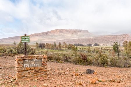Directional and welcome signs at Eselbank Village in the Cederberg Mountains of the Western Cape Province Imagens