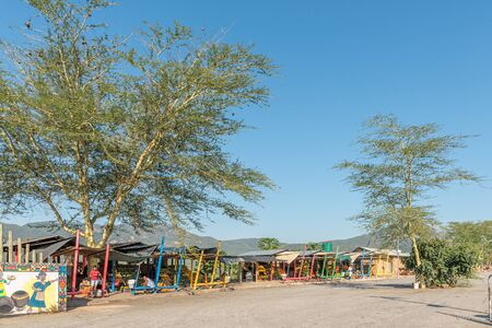 KAAPMUIDEN, SOUTH AFRICA - MAY 3, 2019: The Tizameleni Bomake Market next to road N4 near Kaapmuiden in the Mpumalanga Province. People are visible Redakční