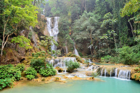 Kuang Si Falls, Luang Prabang in Laos is the most beautiful and famous. Popular public cloud. Each year there are thousands of foreign tourists Reklamní fotografie