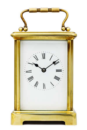 reloj antiguo: Reloj del carro antiguo con números romanos Foto de archivo