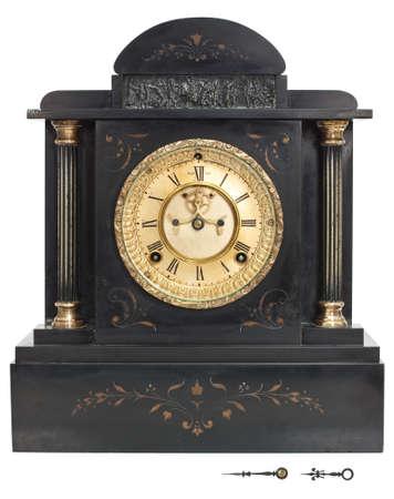numeros romanos: Antiguo reloj de pared con números romanos aislados sobre fondo blanco con saturación camino. Hora por separado y los minutos para mostrar en cualquier momento. Foto de archivo