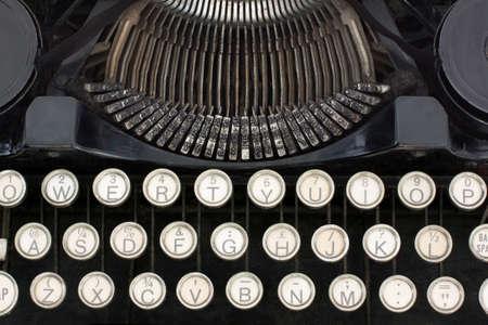 Close-up de la machine � �crire portative montrant les touches et le type Banque d'images