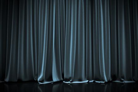 blauw gesloten gordijn in een theater