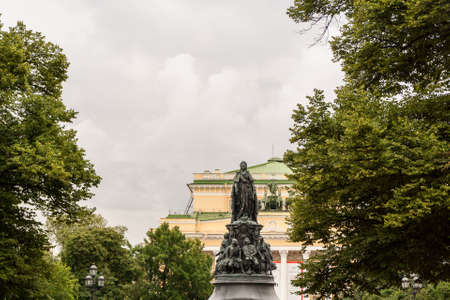 queen's theatre: Monument to Catherine II in the background of the Alexandrinsky Theatre.