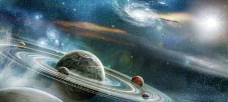 Planet i rymden med många framstående ringsystem och fyra månar omloppsbana planeten; upplysta ljus stjärnor