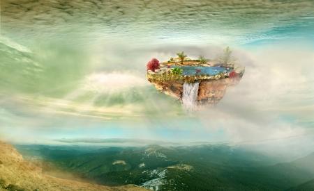 ö med en sjö flyger på himlen över bergen