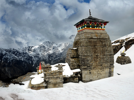 hindu temple: Tungnath is the temple of Lord Shiva, is located on a mountain ridge Tungnath in the state of Uttarakhand, India. The age of this temple - 1000 years Stock Photo