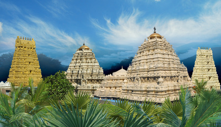 ヒンドゥー教のナラシンハ寺シムハチャラム南インド、アーンドラ ・ プラデーシュ州のヴィシャーカパトナム市郊外に