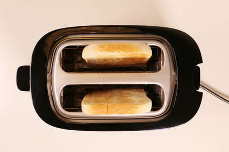 Close up of toaster with two slices of toast Banque d'images - 159170739