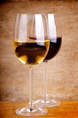 gass: gass of red and white wine on a vintage wooden background Stock Photo