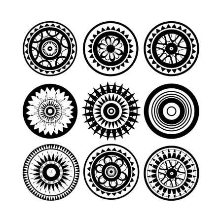 白い背景で隔離のポリネシアのタトゥーのデザインのコレクション  イラスト・ベクター素材