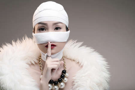 Chinese woman keeping her facelift surgery in secret