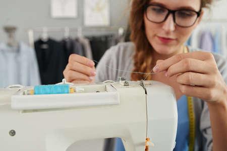Re-threading sewing machine