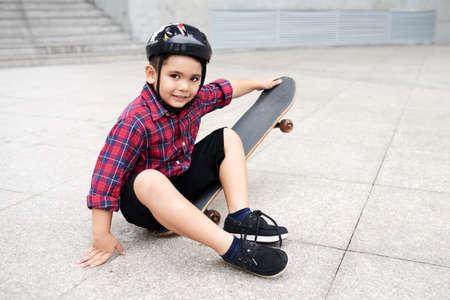 Cute skater Фото со стока