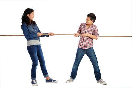 Touwtrekken voor kinderen Stockfoto