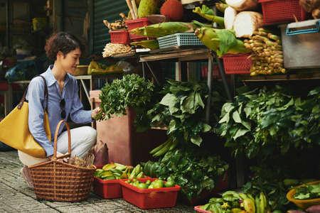 buying: Buying greenery