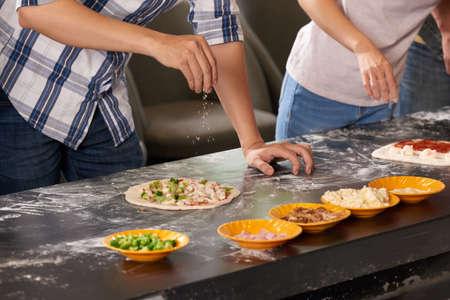 Ajouter du fromage râpé