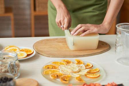 Cutting soap