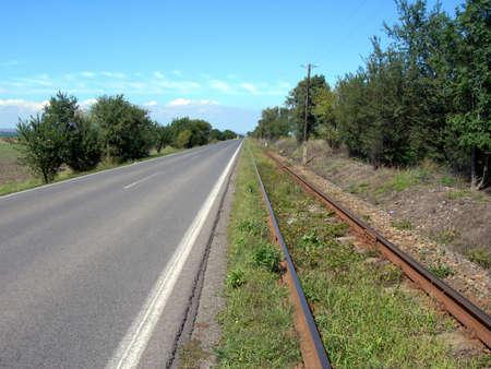 rail route:           Railway and parallel asphalt road
