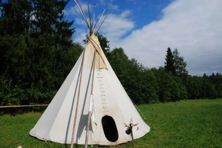 domiciles: Native American sheleter - teepee