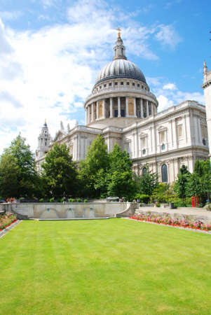saint pauls cathedral: St Paul s Cathedral in London