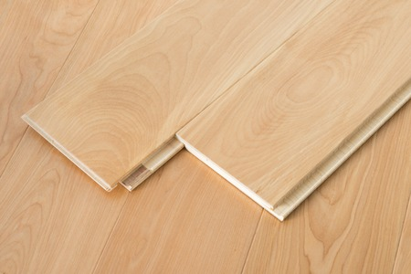 Natural wooden flooring parquet planks with lock joint