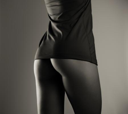 ragazza nuda: Bella donna culo nudo, bianco e nero