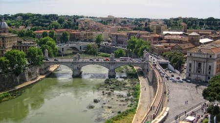 tiber: R�o T�ber en Roma Foto de archivo