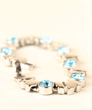 topaz: Bracelet in white gold with topaz, soft focus in the foreground
