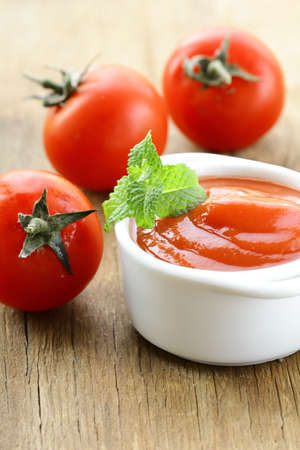Natural tomato sauce with fresh tomatoes Stock Photo - 14386824