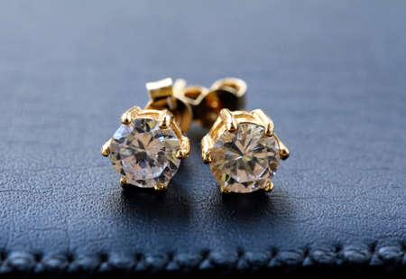 ダイヤモンド マクロ撮影 & ゴールド イヤリング