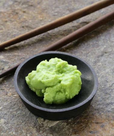 sauce moutarde wasabi pour la cuisine japonaise