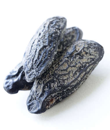 fragrant tonka bean, used for baking flavored