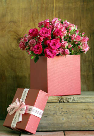 Flowers And Gifts For Valentine\'s Day. Roses, Chocolates And ...