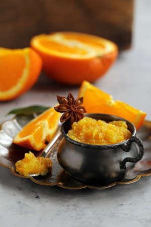 Homemade orange jam confiture for dessert Banque d'images - 118565439
