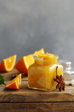 Homemade orange jam confiture for dessert Banque d'images - 118565440