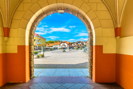 Scenic view at colorful baroque architecture in Marija Bistrica, Northern Croatia. 版權商用圖片 - 100046236