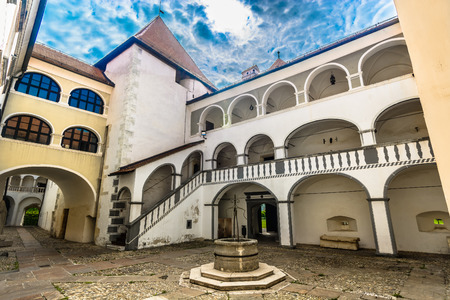 Scenic view at medieval architecture in old town Varazdin, Croatia Europe. 版權商用圖片 - 118445902