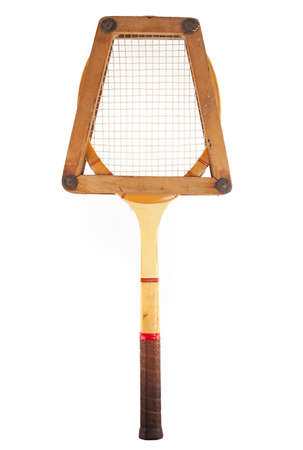 raqueta de tenis: raqueta de tenis retro con su caja aislada en blanco