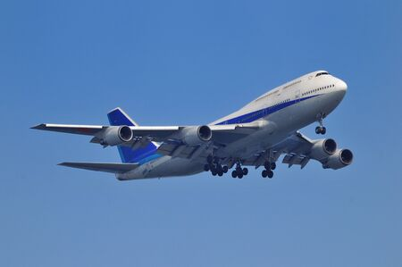 Jumbo Jet Editorial