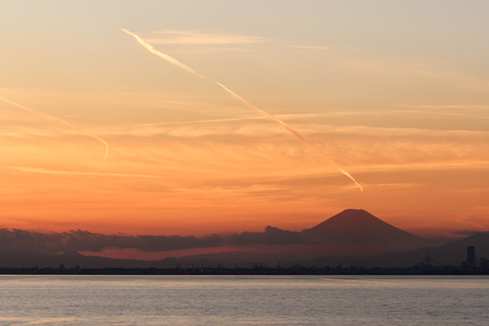 Mt. Fuji of evening view from the Bay 写真素材