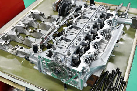 Automobile engines under disassembly and maintenance