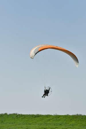 Riverbed Motor Paragliding