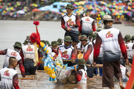 PHICHIT , THAILAND - SEP 2 2018: Thai Traditional Long Boat Racing 2018 At Nan River in front of Tha Luang Temple Phichit Thailand Stock Photo - 116661646
